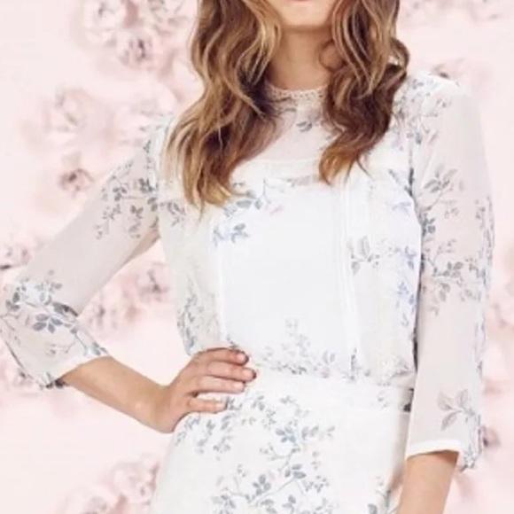 5fa633999af LC Lauren Conrad Runway Lace Trim Floral Blouse
